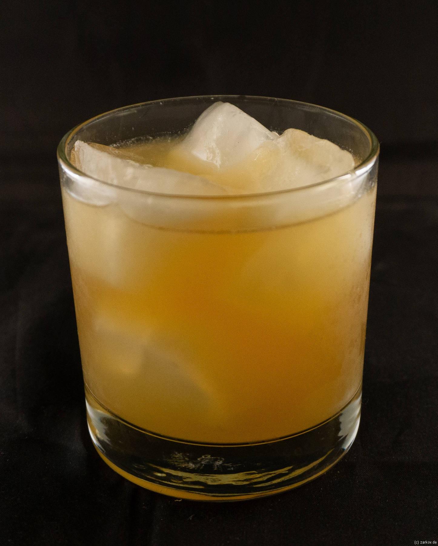 Pineapple Mai Tai Cocktail